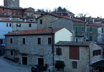 Case a un euro per ripopolare il borgo: Montieri esulta