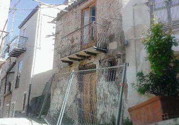 """Mussomeli, il """"sogno"""" di Nigrelli: vecchie case disabitate cedute a 1 euro – La Sicilia"""